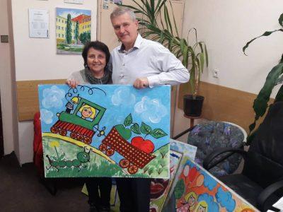 Dar v podobe obrazov mladých umelcov